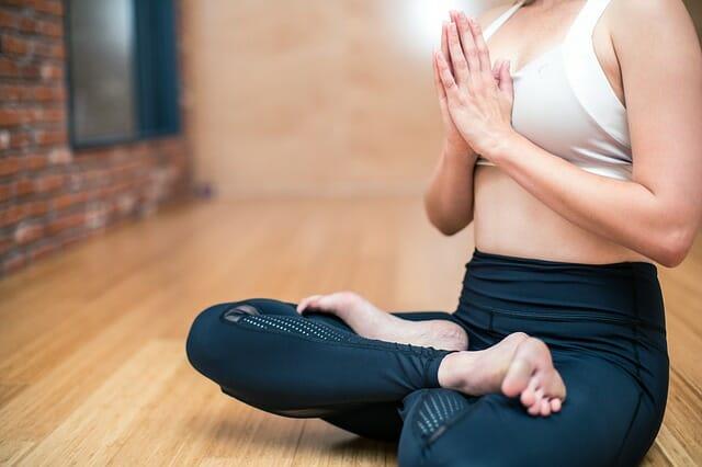 yoga640